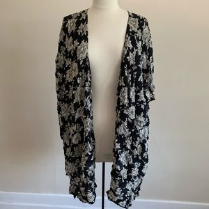 Brandy Melville floral black white duster coverup